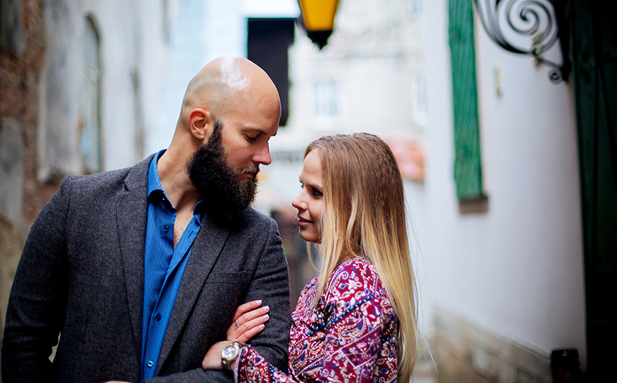 Bald man with good style on date